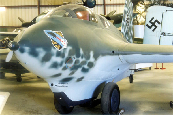Messerschmitt Me-163 Komet slideshow